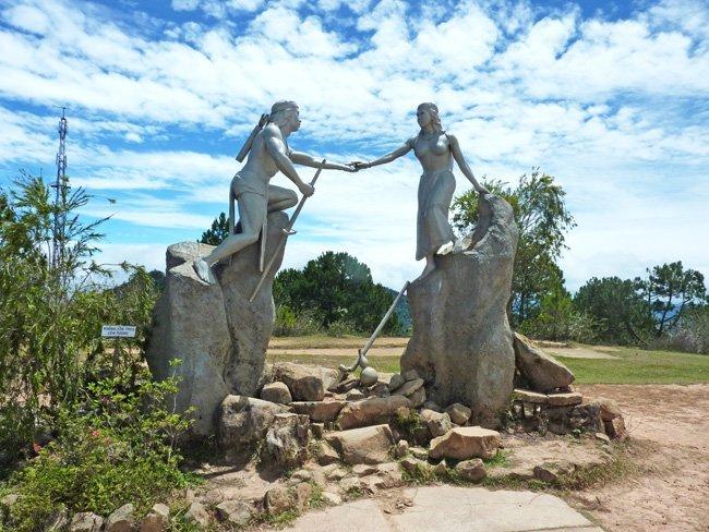 Biểu tượng tình yêu vĩnh cửu của chàng Lang và nàng Biang.