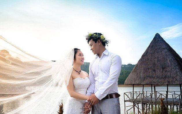 Chụp ảnh cưới tại khu du lịch thung lũng vàng