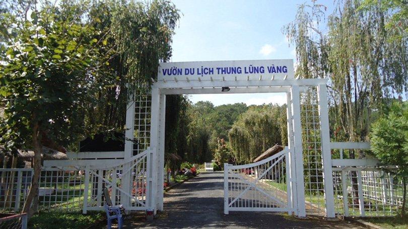 Cổng vào khu thung lũng vàng Đà Lạt